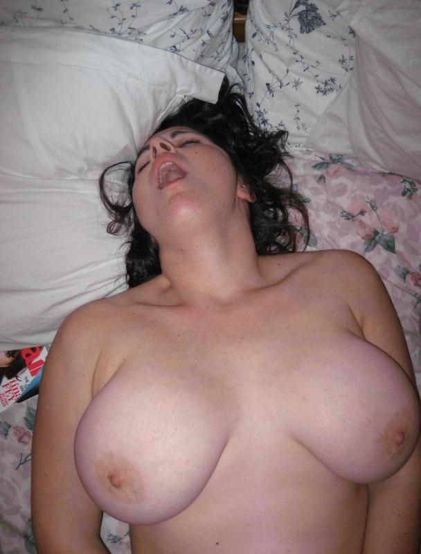 chastnoe-porno-foto-sisek-bolshih