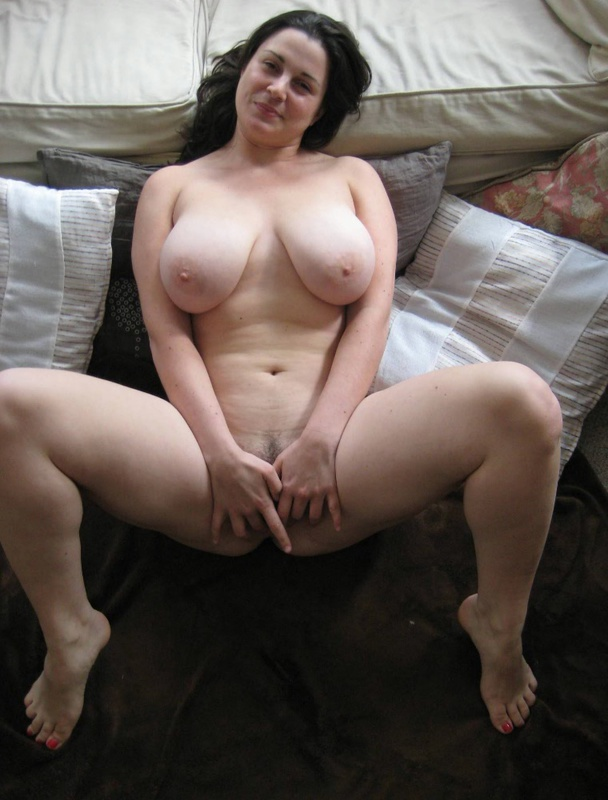 Wet cunt deep penetration