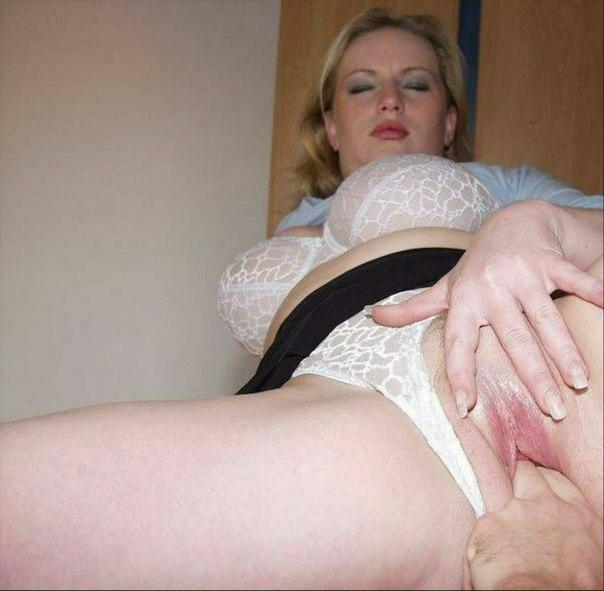 знала, как русская молодая мамка в красивой трусики порно приступили